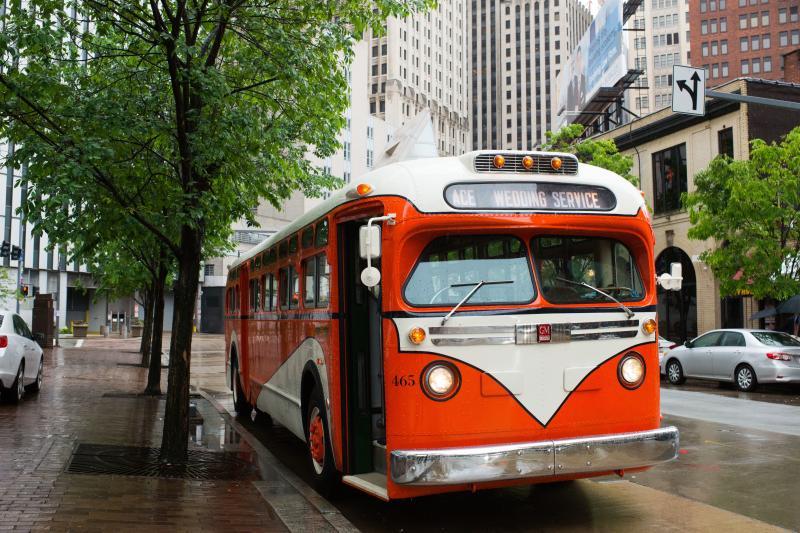 Coach 465   1957 GMC Transit