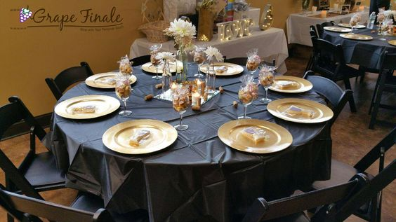 Create the event of your dreams by decorating our venue yourself or working with your event planner or with a local event planner we can recommend.